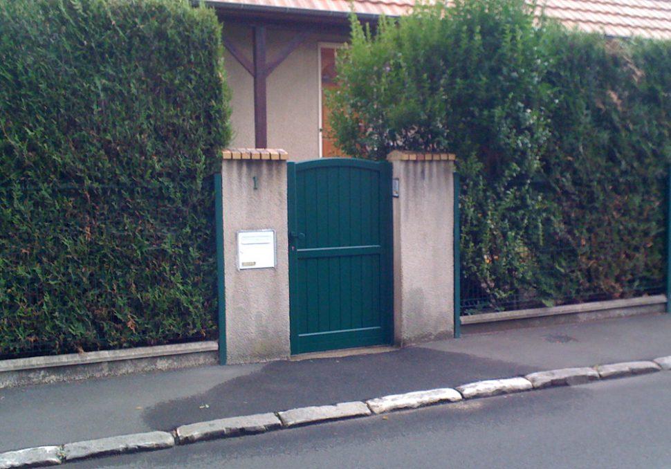 Portail bois simple section