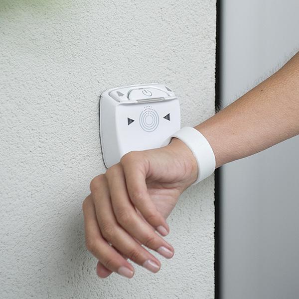 Les bracelets connectés adulte permettent l'ouverture rapide